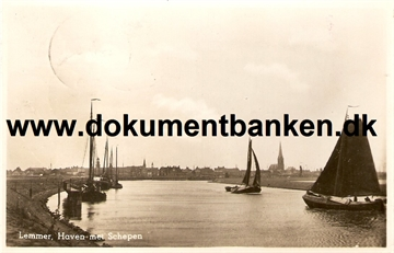 Lemmer. Haven met Schepen. Carte Postale