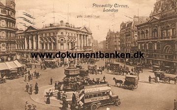Piccadilly Circus, London. Post Card.  15 november 1913
